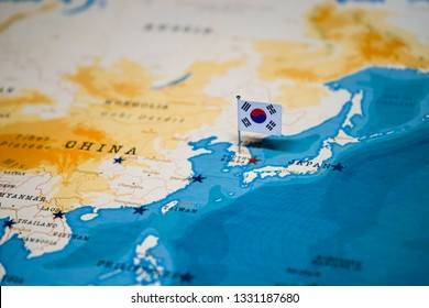 the Flag of korea on seoul in the world map