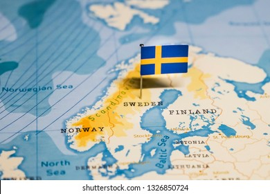 the Flag of sweden in the world map