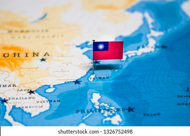 the Flag of taiwan in the world map
