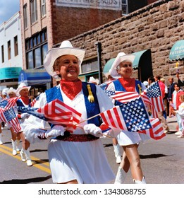 FLAGSTAFF, USA-SEPTEMBER 18,2009:Home coming parade for soldiers with elderly majorettes