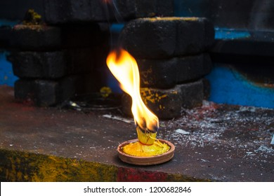 flam fire outdoor diwali deepam closeup