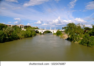 Flaminio bridge on the Tiber river, Rome, Italy.