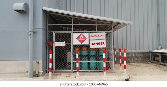 Flammable Storage Standard,Warning Sign for Dangerous Objects