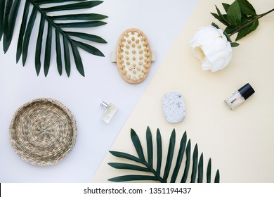 Flat lay comestic and flowers