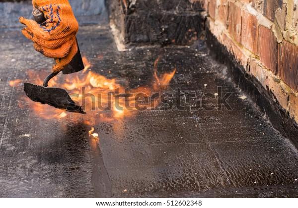Flat Roof Installation Heating Melting Bitumen People Stock Image 512602348