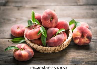 Flat saturn peaches