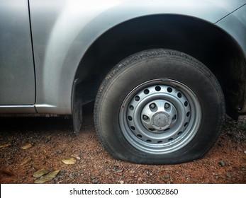 flat tire Car tire leak