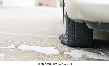 flat tires from accident, flat tires