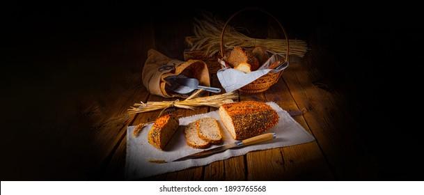 Pain de lin avec graine de pavot et mélange de sésame