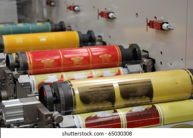Flexo press for printing label. Flexography (also called surface printing), often abbreviated to flexo, is a method of printing most commonly used for packaging (labels, tape, bags, boxes, banners).