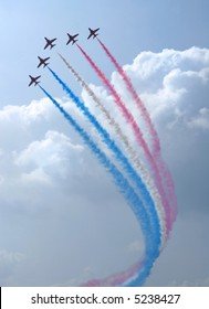 flight of the Royal Air Force Aerobatics team the Red Arrows (editorial)