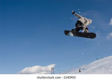 flight of snowboarder