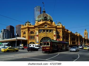 Flinders Street Station and City Circle Tram