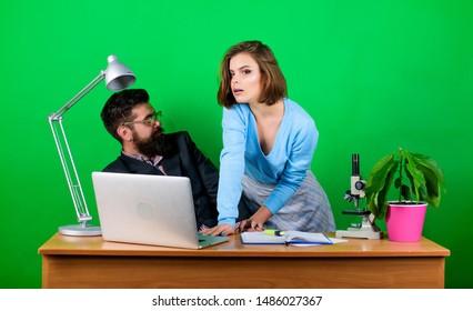 daughter dating an older man