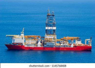 floating drilling platform on the ocean