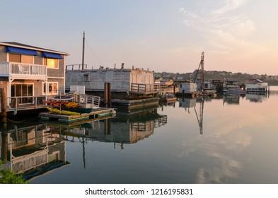 floating homes in San Francisco bay Waldo Point Harbor, Sausalito, California