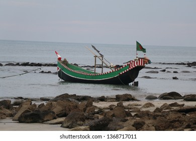 Floating sampan boat. this is a Traditional boat.