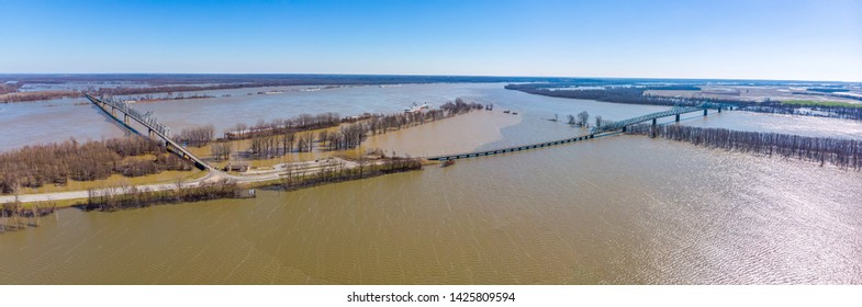 Flooded Mississippi and Ohio river confluence