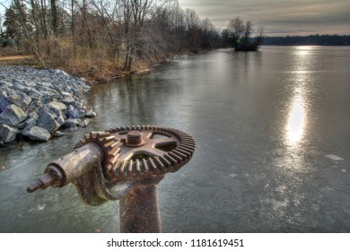 Floodgate on the Carnegie Lake Dam