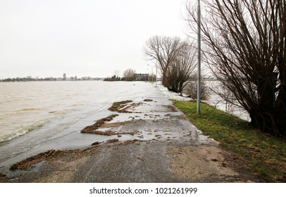 Flooding of a street and floodplain at the Waal river, Holland