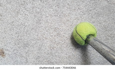 floor / ball / tennis