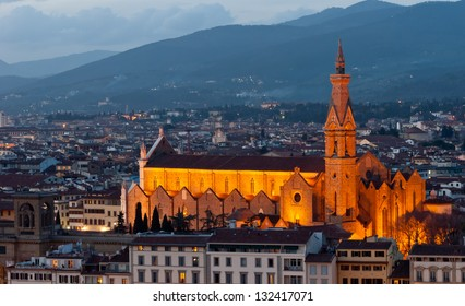 Florence, Basilica of the Holy Cross night view