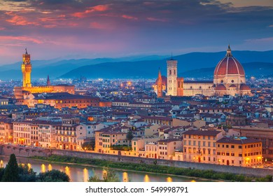 Florence. Cityscape image of Florence, Italy during dramatic sunset.