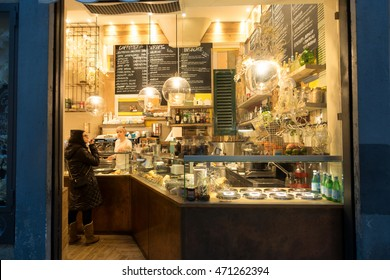 FLORENCE, ITALY - DECEMBER 29, 2015: Visitors to the cafe in Florence, Italy.