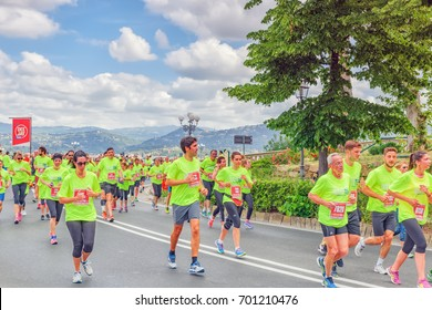 FLORENCE, ITALY - MAY 14, 2017 : Sporting event in Florence, Deejay Run like a deejay on May 14, an event organized by the company Radio Deejay. It running 5 or 10 km through the streets of Florence .