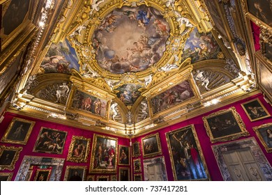 FLORENCE, ITALY, OCTOBER 28, 2015 : interiors and architectural details of Palazzo Pitti, october 28, 2015 in Florence, Italy