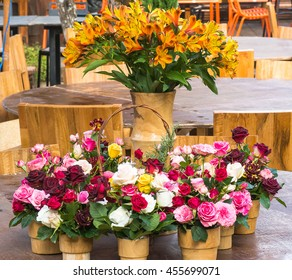 Flower arrangement design for table event ,dinner,meal or decoration.