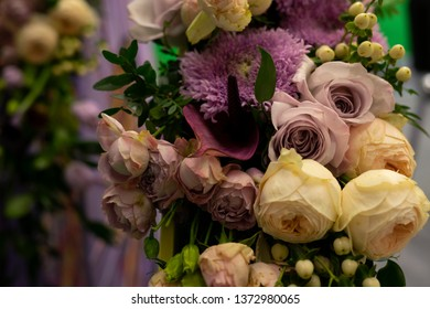 Flower arrangement of roses.