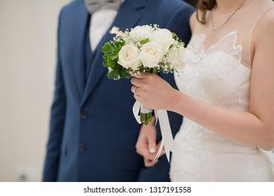 flower bouquet for bride, wedding flower, couple