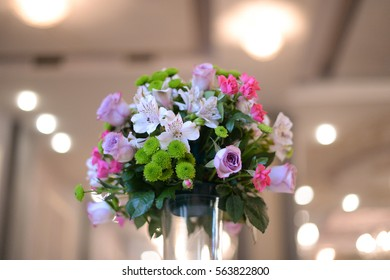 flower bouquet in a vase table decoration