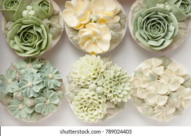 Flower buttercream cupcake background