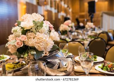 Flower Centerpiece and Setup