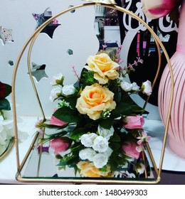 Flower gifts for ocassions to special one's