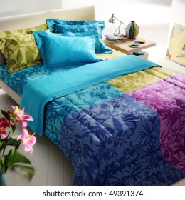 flower pattern, colorful bed