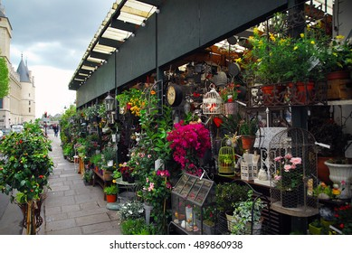 Flower shop in the street Paris, France.