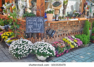 The flower shop that is decorated with color of flowers in little street at IKSEON-DONG, Seoul, South Korea on 21 September 2017