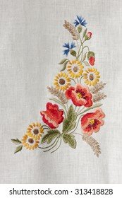 Flowers embroidered by hand