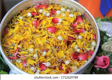 Flowers and perfume bowls for bathing Buddha images and paying respect to elders On Thai New Year With a name called Songkran Day.