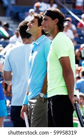 FLUSHING, NY - AUGUST 28: (L-R) Tennis athletes Roger Federer and Rafael Nadal attend Arthur Ashe Kids' Day at the Billie Jean King National Tennis Center on August 28, 2010 in Flushing, New York.