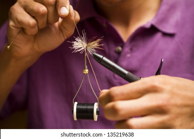 Fly tying secuence