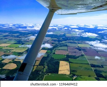 flying cessna 172