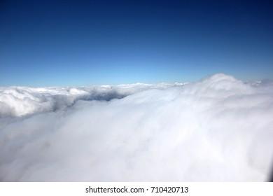 flying, cloud