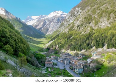 Foce di Montemonaco, Marche: a little town in a valley between Sibillini mountains