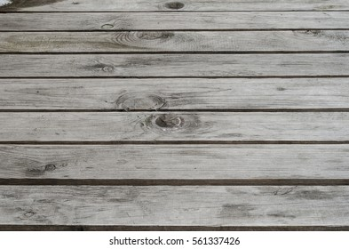 Focused texture of consecutively solid wood plate on table