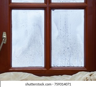 Fogging and condensation on wooden windows.