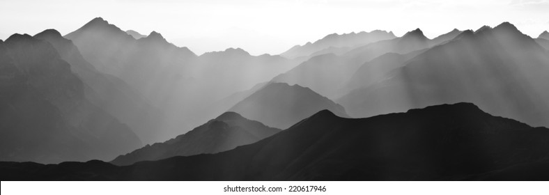 Foggy day in Black & White